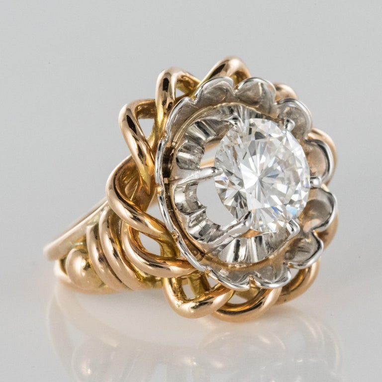 1960s Retro 2.06 Carat Diamond Solitary Ring For Sale 4