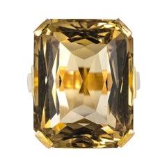 1960s Retro 29.30 Carat Citrine 18 Karat Yellow Gold Ring