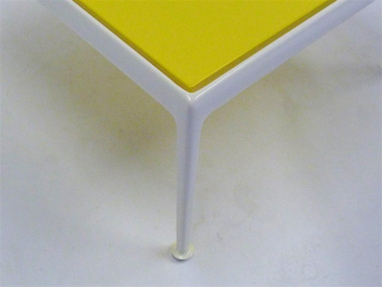 1960s Richard Schultz for Knoll Coffee Side Table In Good Condition For Sale In Miami, FL