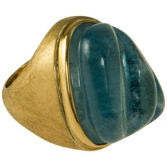 1960s Roberto & Haroldo Burle Marx, Forma Livre Carved Aquamarine and Gold Ring