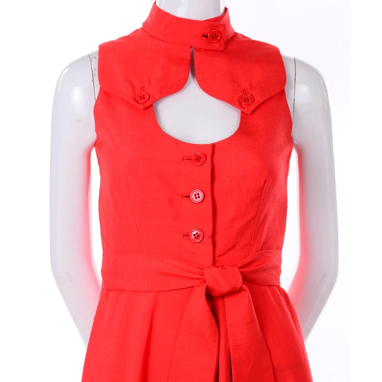 1960s Rodrigues New W Tags Vintage Orange Red Silk Dress w Keyhole Opening For Sale 4