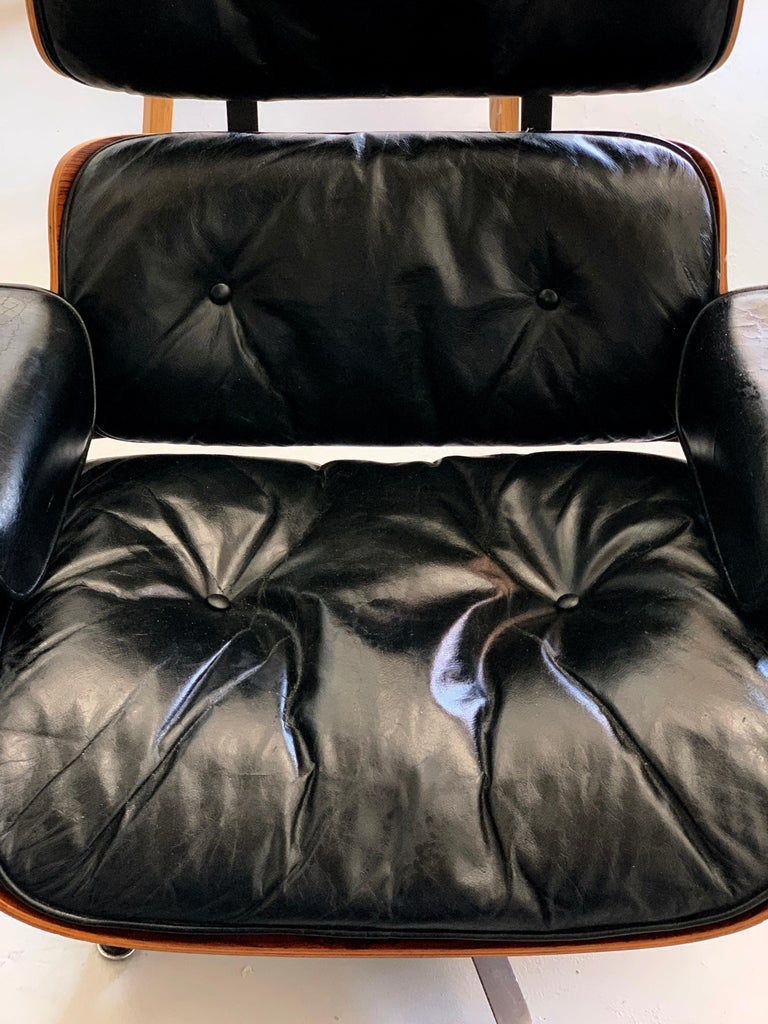 1960s Rosewood Eames Lounge Chair and Ottoman For Sale 2