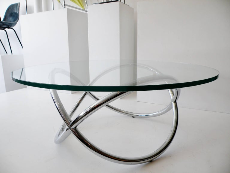 American 1960s Round Chrome and Glass Knotted Pretzel Twist Cocktail Table For Sale