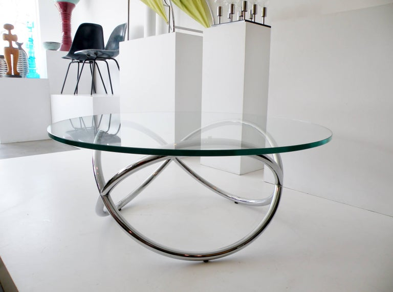 1960s Round Chrome and Glass Knotted Pretzel Twist Cocktail Table For Sale 1
