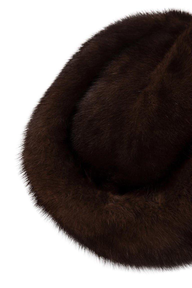 1960s Round Deep Chocolate Brown Genuine Mink Fur Hat For Sale 1