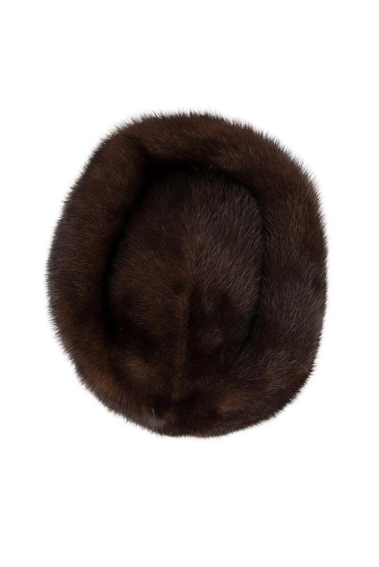 1960s Round Deep Chocolate Brown Genuine Mink Fur Hat For Sale 3