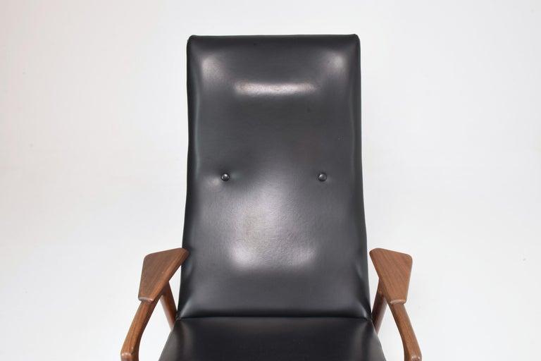 20th Century 1960's Ruster Lounge Chair by Yngve Ekström for Pastoe For Sale