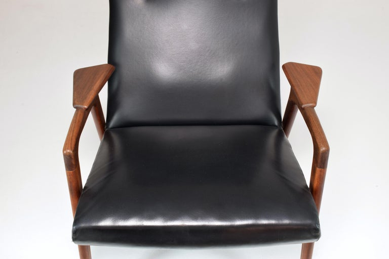 Leather 1960's Ruster Lounge Chair by Yngve Ekström for Pastoe For Sale