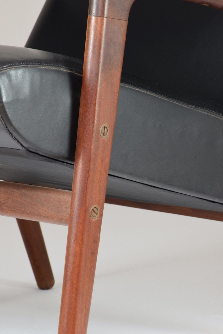 1960's Ruster Lounge Chair by Yngve Ekström for Pastoe For Sale 2