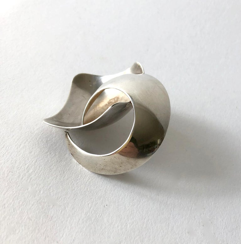 1960's sterling silver anticlastic brooch created by Ruth Berridge of New York, New York. Brooch measures 2