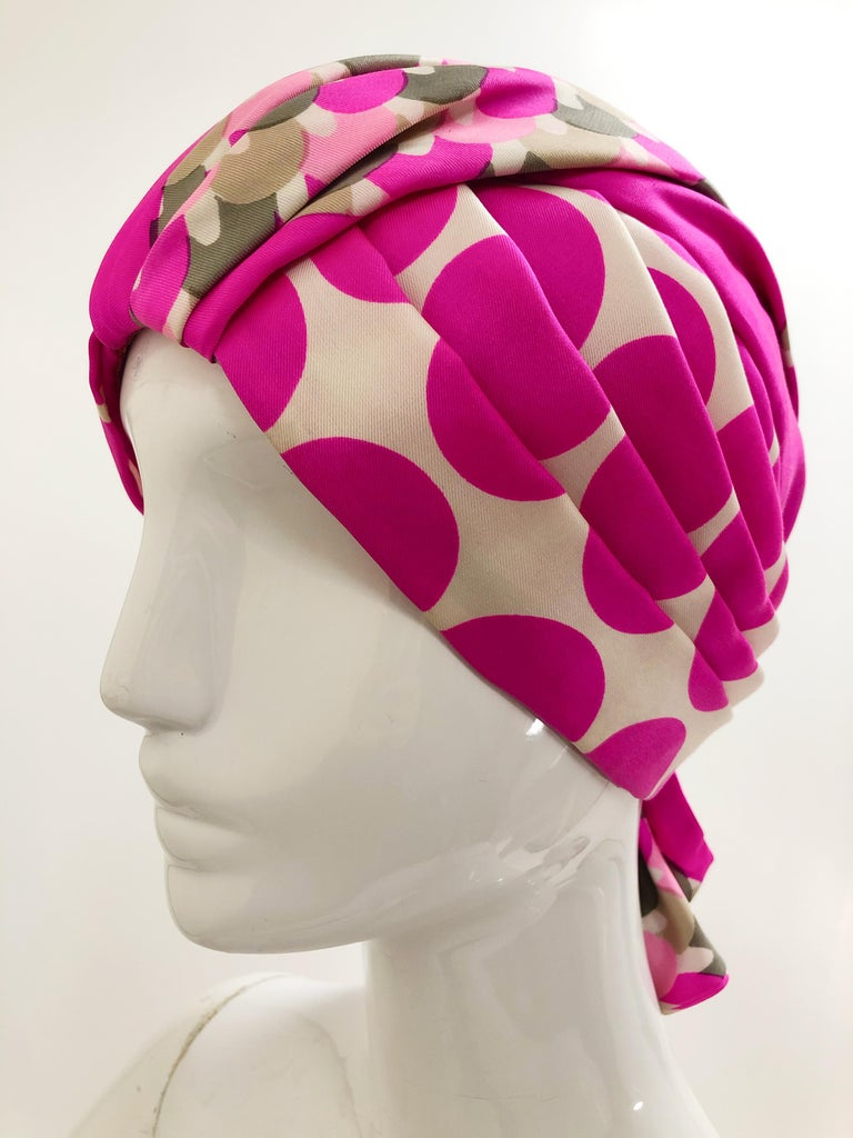 1960s Saks Fifth Avenue Pink Polka Dot Silk Mod Turban In Excellent Condition For Sale In San Francisco, CA