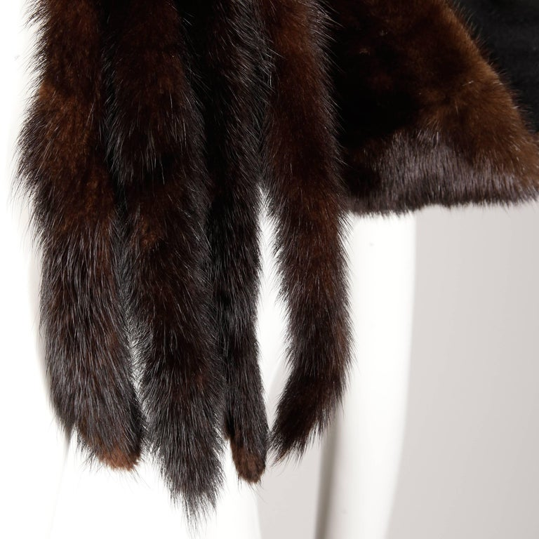 1960s Saks Fifth Avenue Vintage Mahogany Mink Fur Scarf, Fling, Stole or Wrap In Excellent Condition For Sale In Sparks, NV