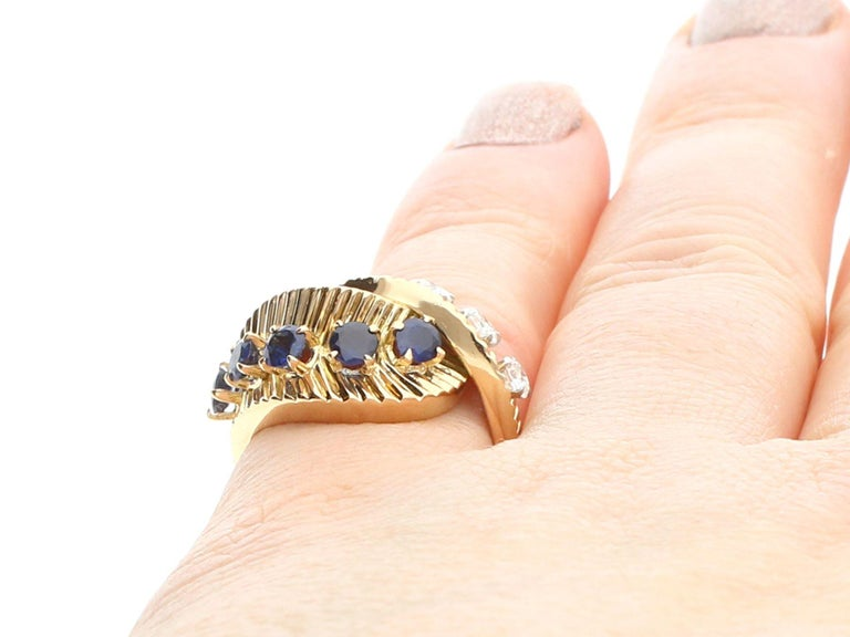 1960s Sapphire and Diamond Yellow Gold Ring by Van Cleef & Arpels For Sale 6