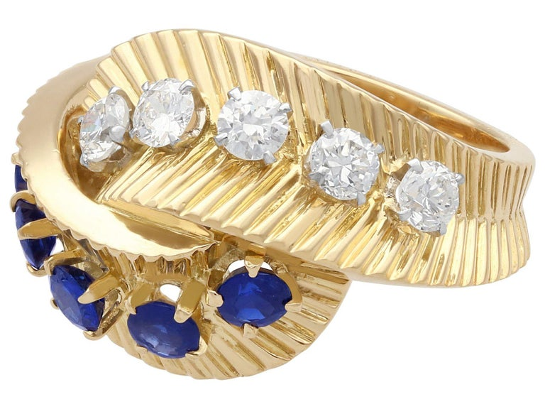 Round Cut 1960s Sapphire and Diamond Yellow Gold Ring by Van Cleef & Arpels For Sale
