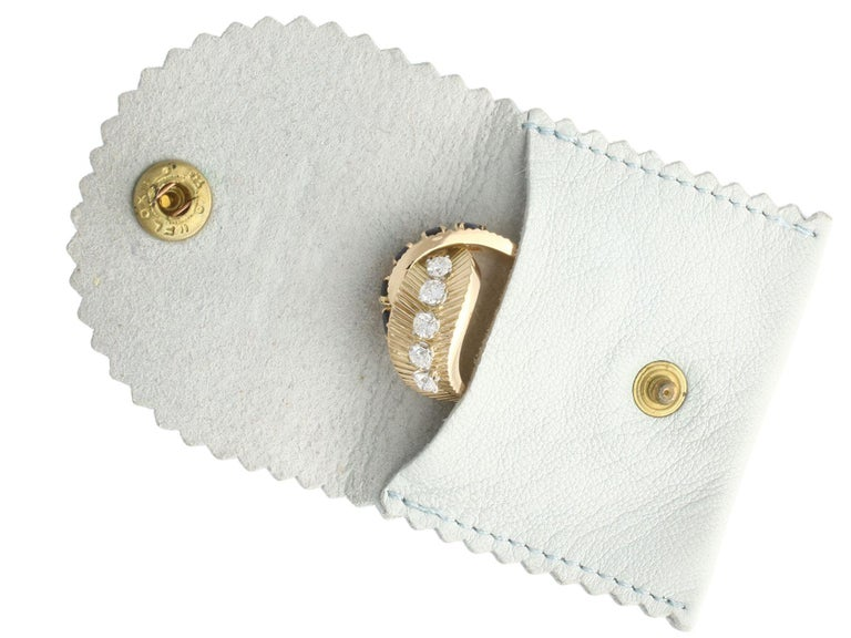 1960s Sapphire and Diamond Yellow Gold Ring by Van Cleef & Arpels For Sale 3