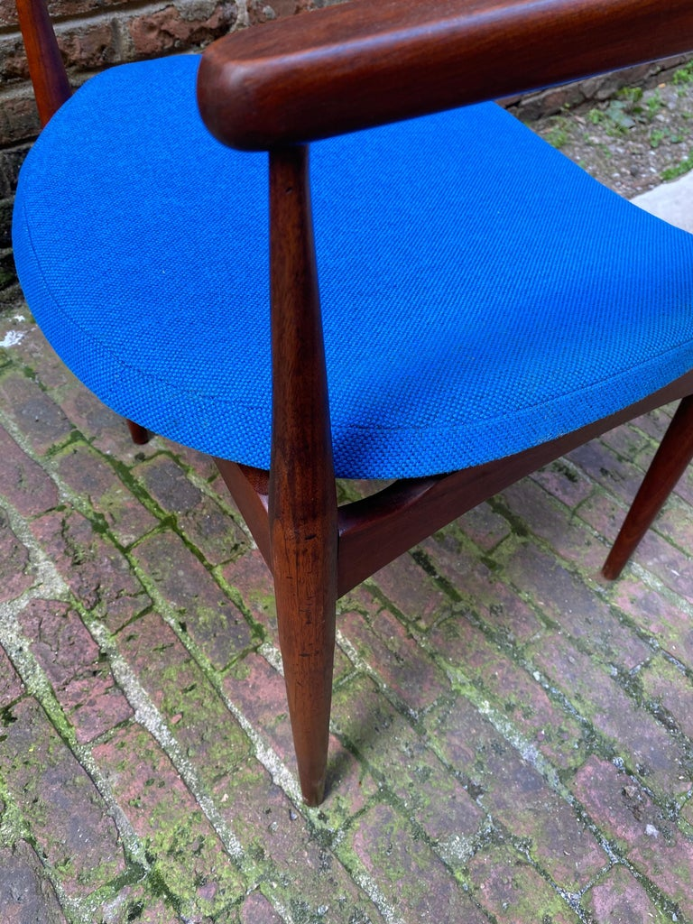1960s Adrian Pearsall for Craft Associates 950-C Upholstered Armchair For Sale 3