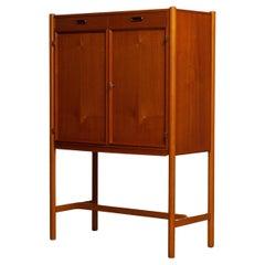 1960's Scandinavian Dry / Bar Drinking Cabinet in Teak and Oak by Westbergs