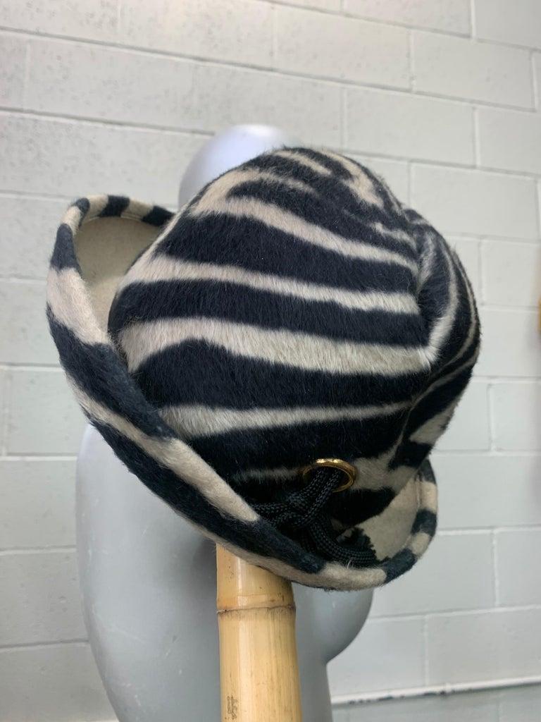 1960s Schiaparelli Paris Mod Zebra Striped Fedora w/ Eyelet and Lacing Details.  For Sale 5