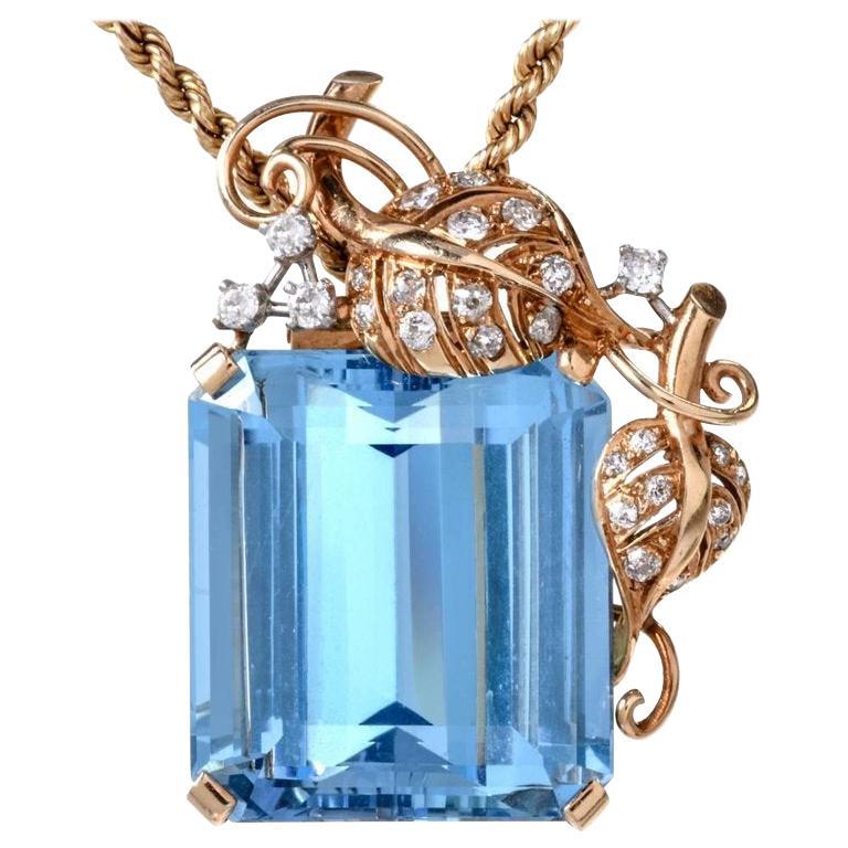 1960s Seaman Schepps GIA Aquamarine Diamond 18 Karat Gold Brooch Pin For Sale