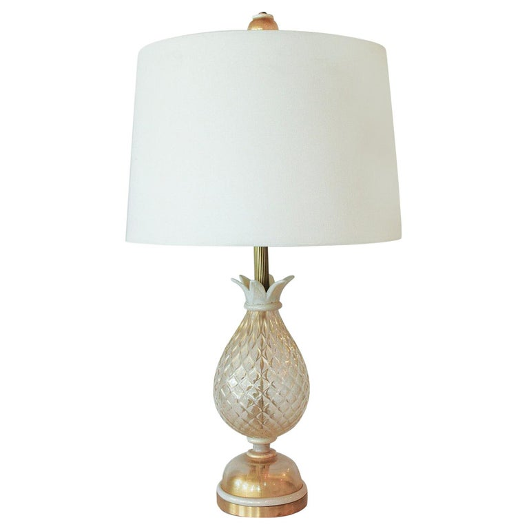 1960s Seguso White and Clear Gold Dusted Murano Glass Pineapple Lamp For Sale
