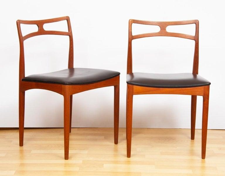 Mid-Century Modern 1960s Set of 8 Teak Johannes Andersen Model 94 Dining Chairs Christian Linneberg For Sale
