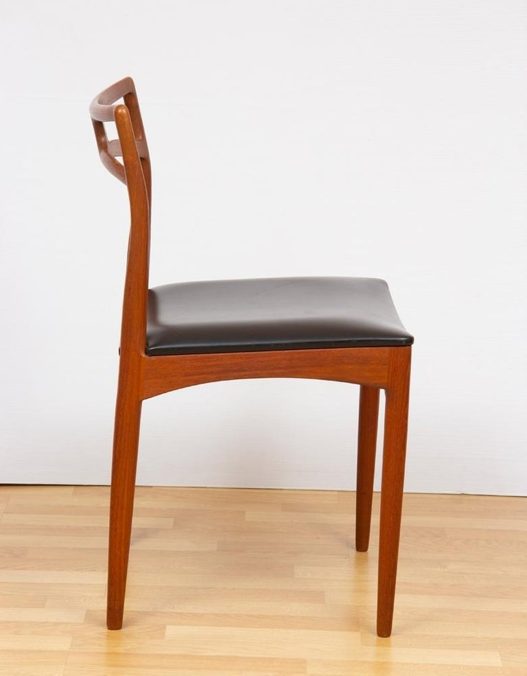 1960s Set of 8 Teak Johannes Andersen Model 94 Dining Chairs Christian Linneberg In Good Condition For Sale In London, GB
