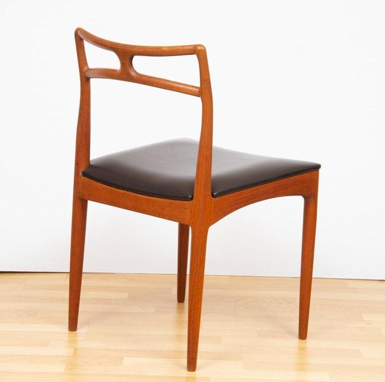 20th Century 1960s Set of 8 Teak Johannes Andersen Model 94 Dining Chairs Christian Linneberg For Sale