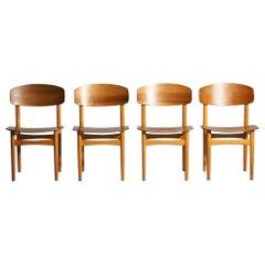 1960s Set of Four Børge Mogensen Chairs in Teakwood, Model 122