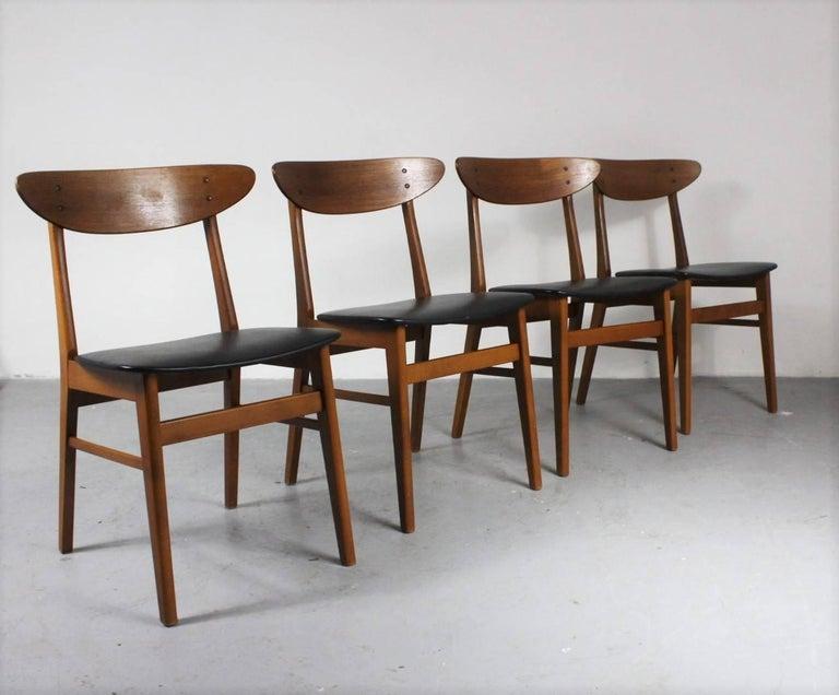 Scandinavian Modern 1960s Set of Four Teak Dining Chairs, Denmark For Sale