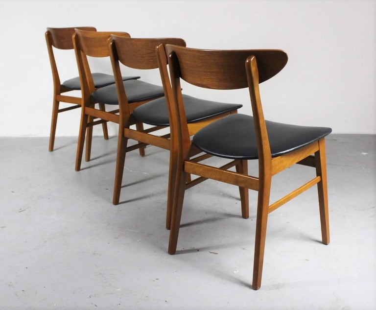 Danish 1960s Set of Four Teak Dining Chairs, Denmark For Sale