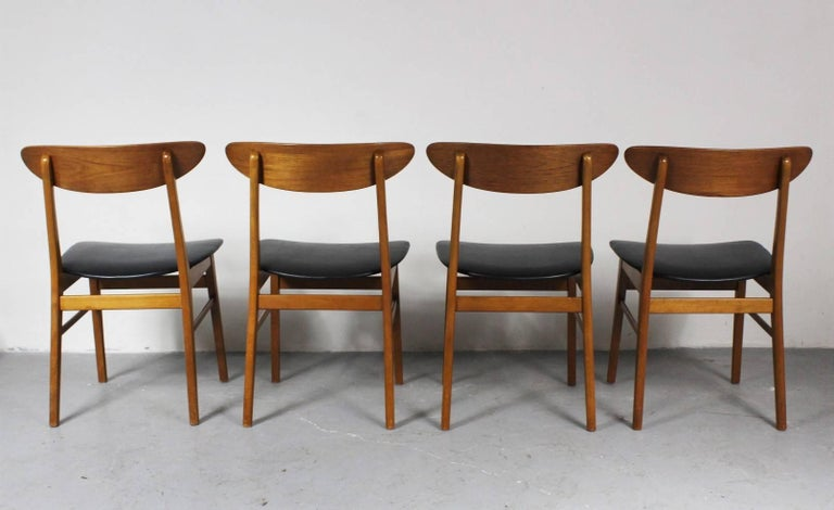 1960s Set of Four Teak Dining Chairs, Denmark In Good Condition For Sale In Cimelice, Czech republic