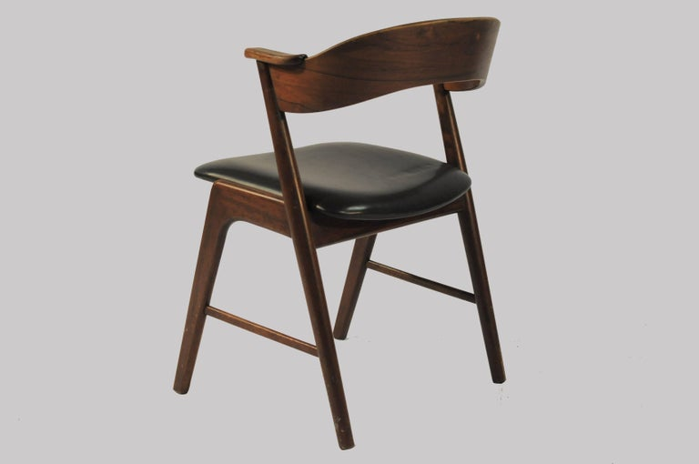 Six Refinished Rosewood Dining Chairs, Reupholstery In Good Condition For Sale In Knebel, DK