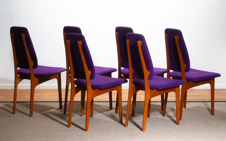 1960s Set of Six Slim Teak High Back Dinning Chairs by Erik Buch for O.D. Møbler In Good Condition For Sale In Silvolde, Gelderland