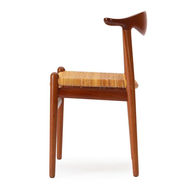 1960s Set of Ten Teak Cow Horn Chairs by Hans J. Wegner for Johannes Hansen For Sale 2