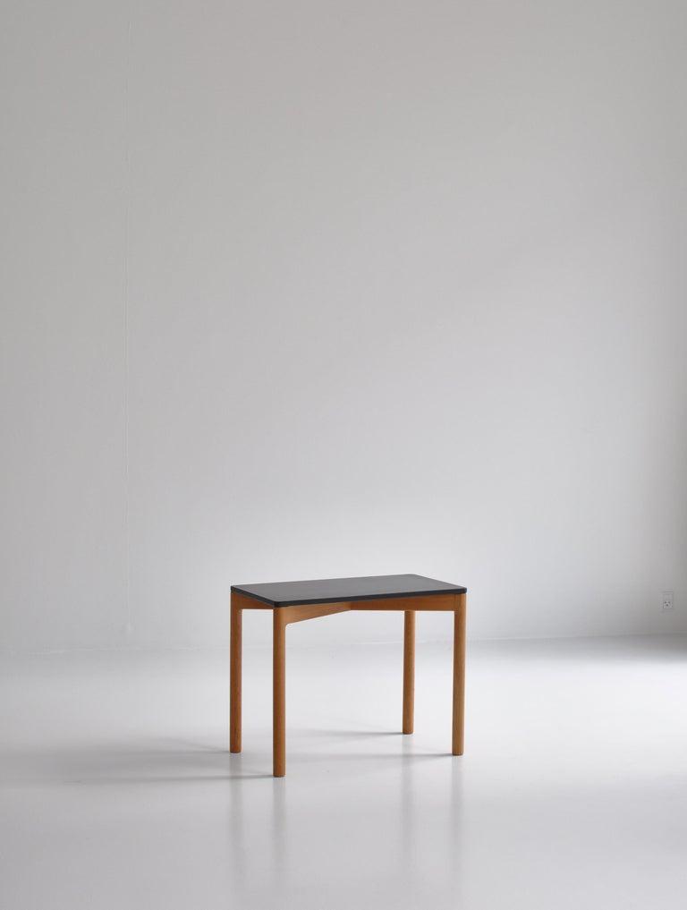 Scandinavian Modern 1960s Side Table in Oak by Kurt Østervig for Slagelse Mobelvaerk, Denmark For Sale
