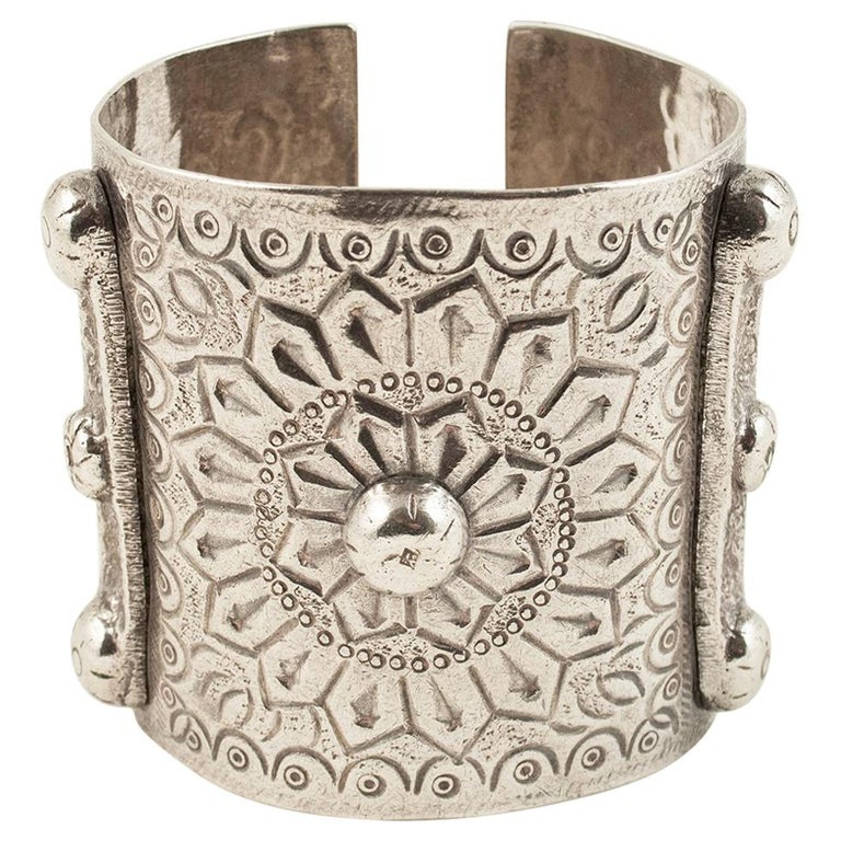 1960s Silver Tribal Cuff, Siwa Oasis, Egypt For Sale