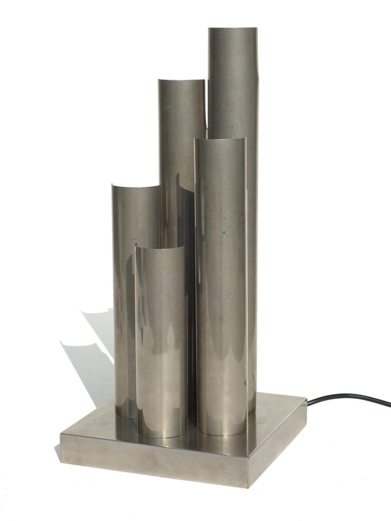 1960s Space Age Italian Design Table Lamp In Excellent Condition For Sale In Brescia, IT
