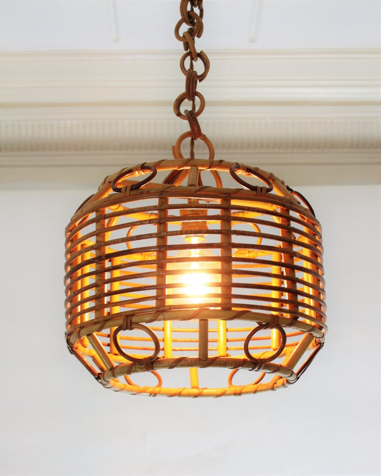 20th Century 1960s Spanish Mid-Century Modern Bamboo and Rattan Pendant Hanging Lamp For Sale