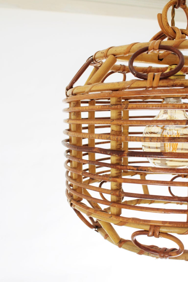 1960s Spanish Mid-Century Modern Bamboo and Rattan Pendant Hanging Lamp For Sale 5