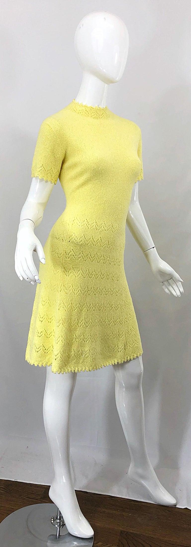 1960s St John Canary Yellow Santana Knit Mod Crochet Vintage A Line 60s Dress For Sale 6