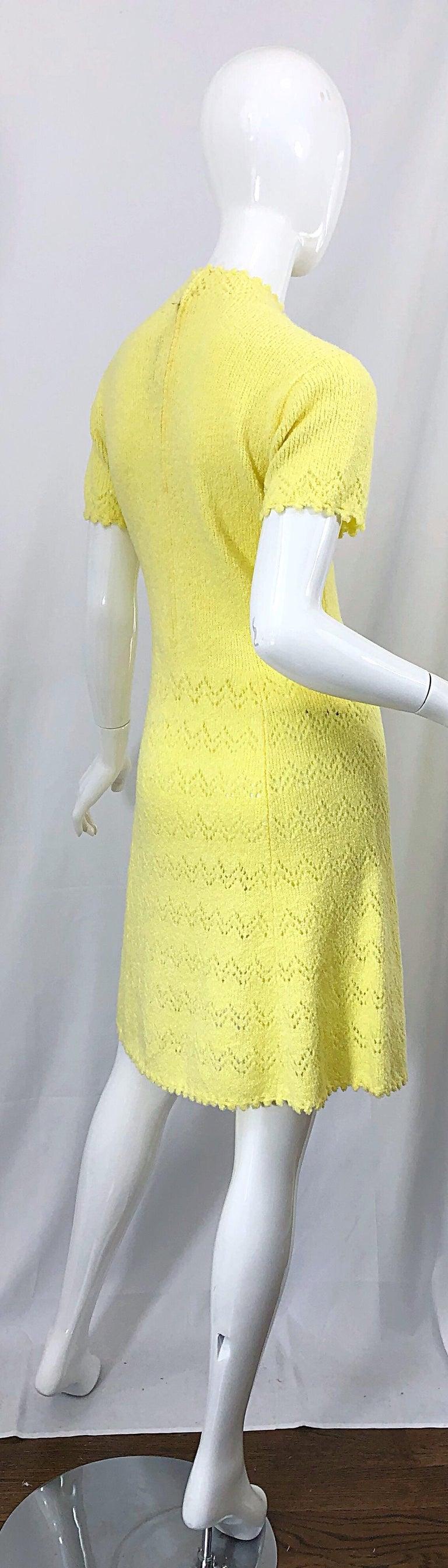 1960s St John Canary Yellow Santana Knit Mod Crochet Vintage A Line 60s Dress For Sale 8