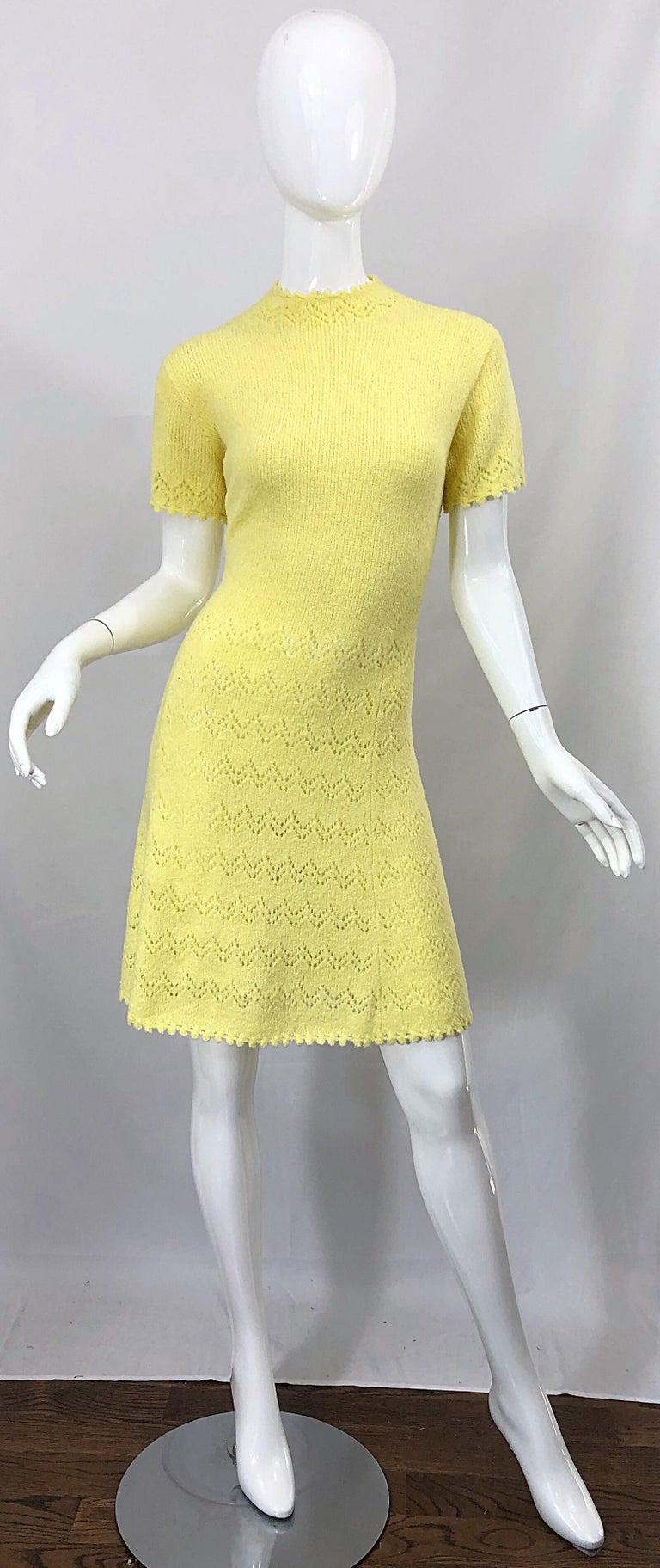 1960s St John Canary Yellow Santana Knit Mod Crochet Vintage A Line 60s Dress For Sale 9