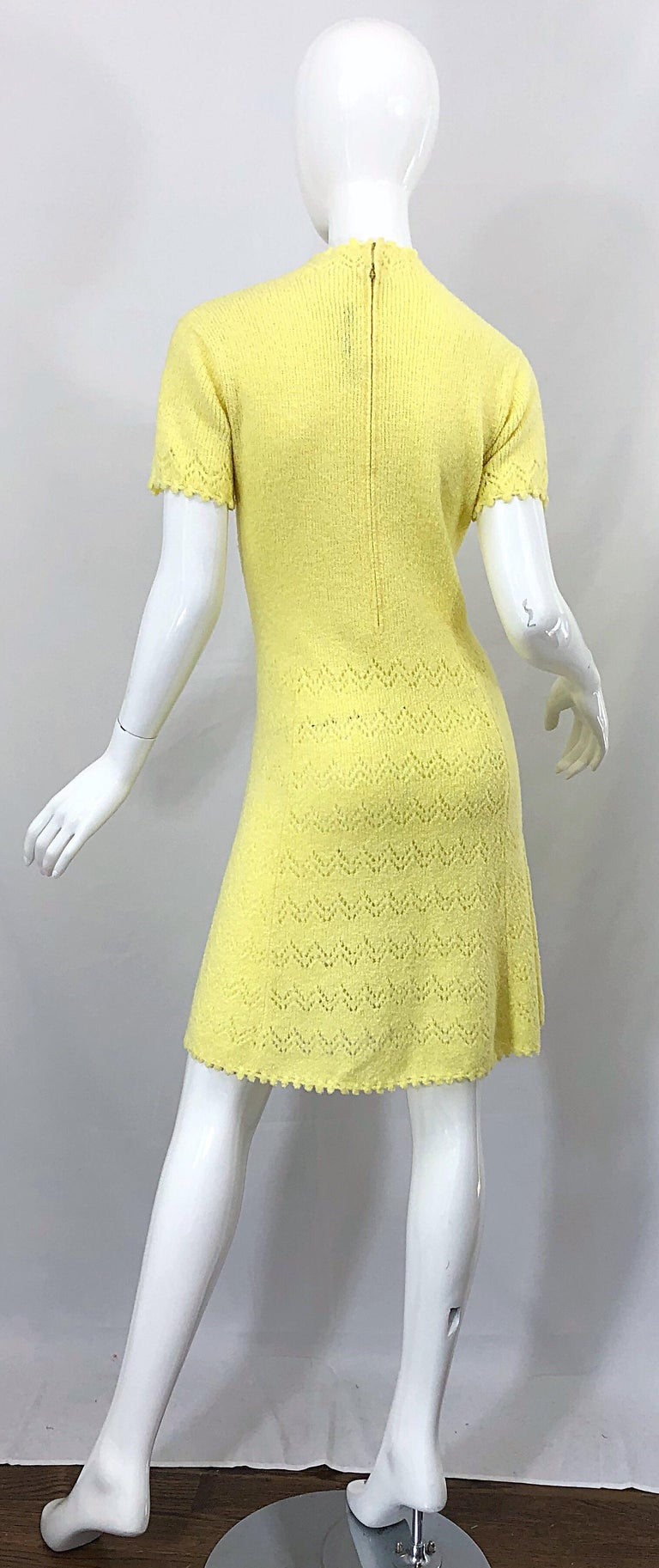 Women's 1960s St John Canary Yellow Santana Knit Mod Crochet Vintage A Line 60s Dress For Sale