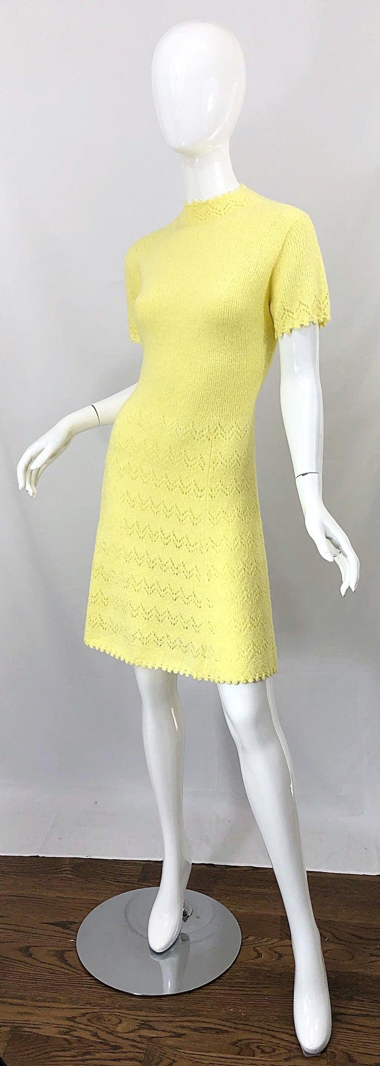 1960s St John Canary Yellow Santana Knit Mod Crochet Vintage A Line 60s Dress For Sale 1