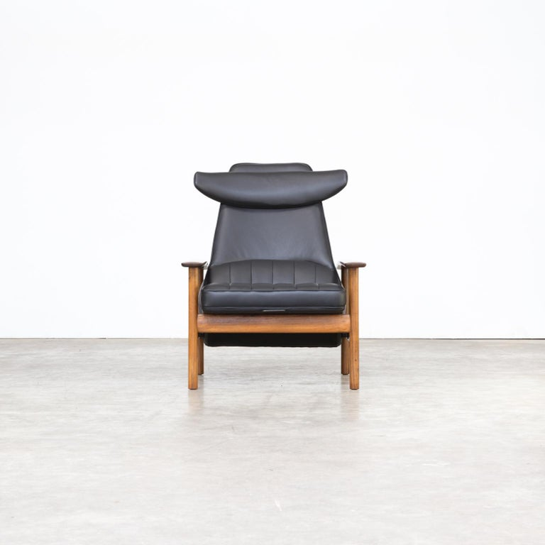 1960s Sven Ivar Dysthe lounge chair for Dokka Møbler. Excellent condition, completely restored! High end upholstery, completely restored with original Pirelli singles and high end leather.