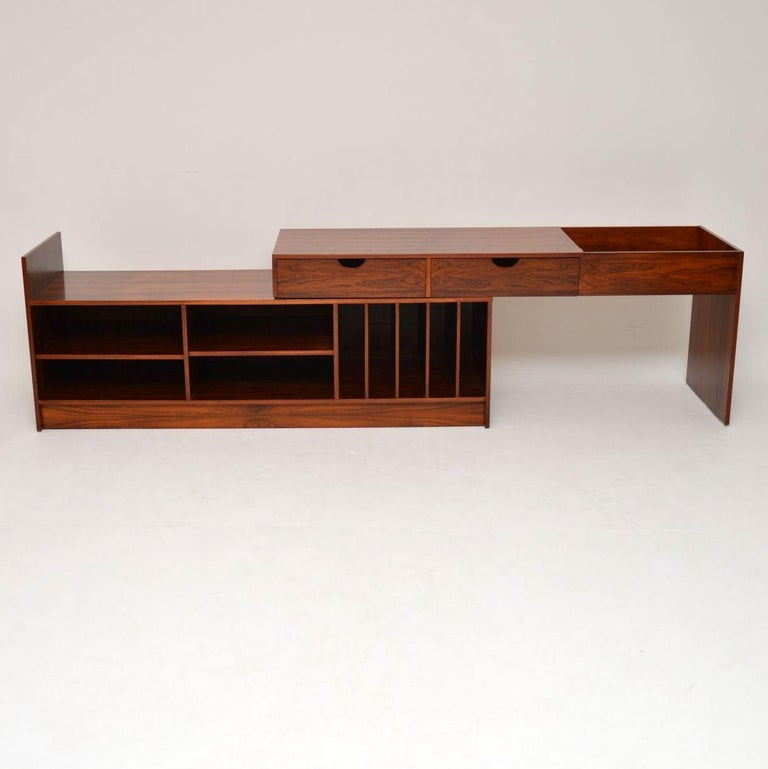 1960s Swedish Extending Sideboard In Good Condition For Sale In London, GB
