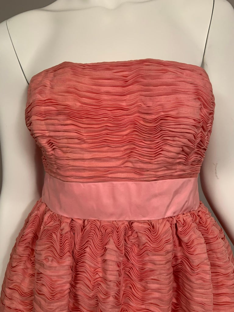 Women's 1960's Sybil Connolly Irish Haute Couture Pleated Pink Linen Strapless Dress For Sale