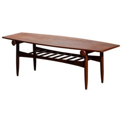 1960s, Teak Walnut Reversible Ellipse Surfboard Coffee Table, Italy