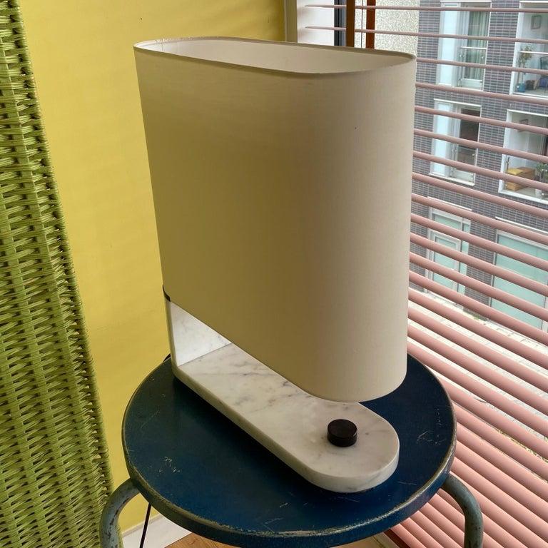 Italian 1960's to 1970's Stilnovo Oval Marble Table or Desk Lamp For Sale