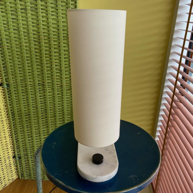 1960's to 1970's Stilnovo Oval Marble Table or Desk Lamp In Good Condition For Sale In London, GB